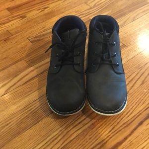 Boys Nautica three quarter sneakers-size 5